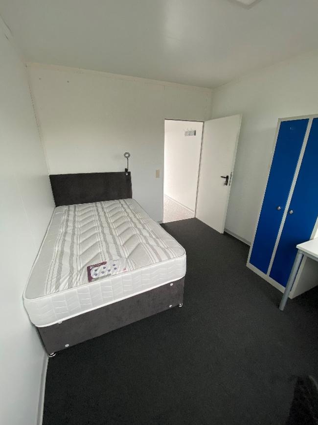 Modular One-Man Hotel, Caithness
